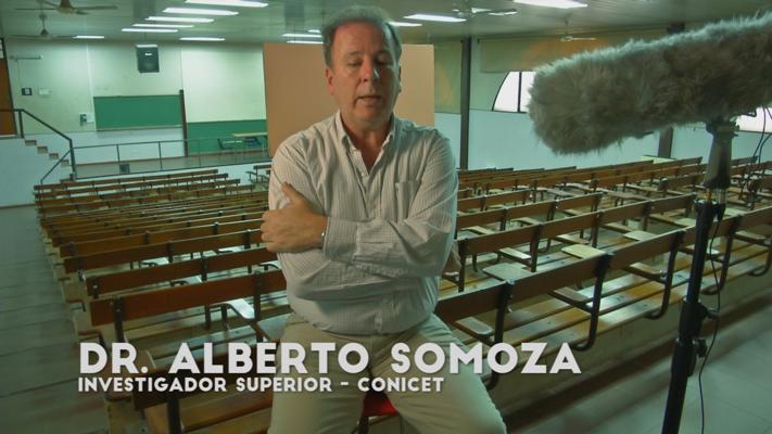 Dr. Alberto Somoza